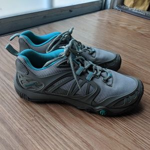 Merrell sz 7 aluminum hiking workout CrossFit shoe